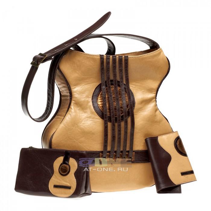 На седьмом месте находится достаточно популярная коллекция сумок, внешний вид которых подточен под гитару. .